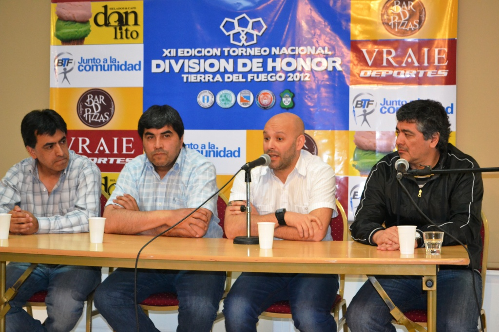 Confer Prensa 3DivHon2012
