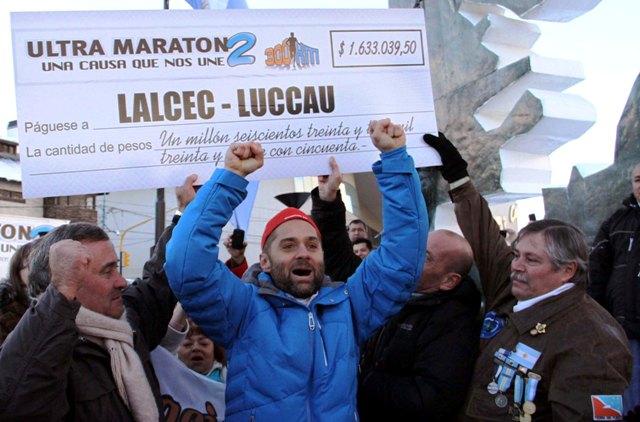 Ultra_Maratón_-_Sciurano_llegada_a_Ushuaia_1 - copia