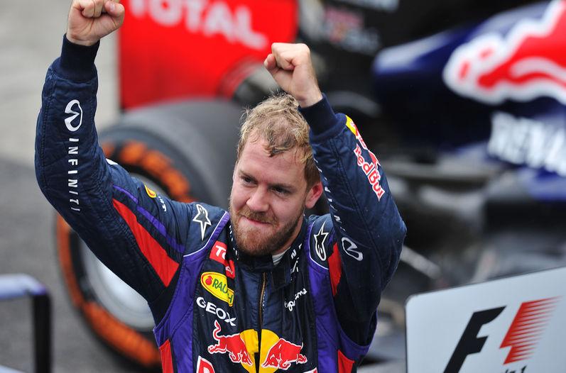 Sebastian-Vettel-Premio-Brasil-Formula_LNCIMA20131124_0108_5