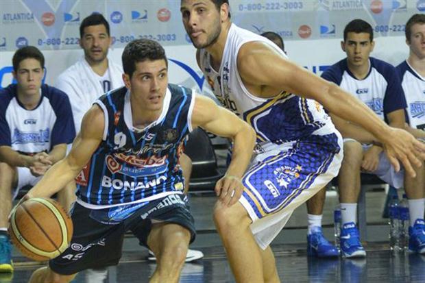 super-8-de-basquet-1981843w620