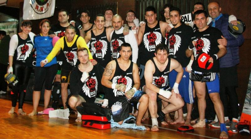 """El """"Huerfanos Team"""" en la cancha 4"""