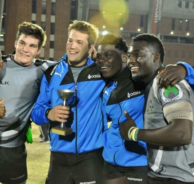 """Joqui"" la rompe en la Mustangs Academy, Naka Bulls y Limpopo Blue Bulls"