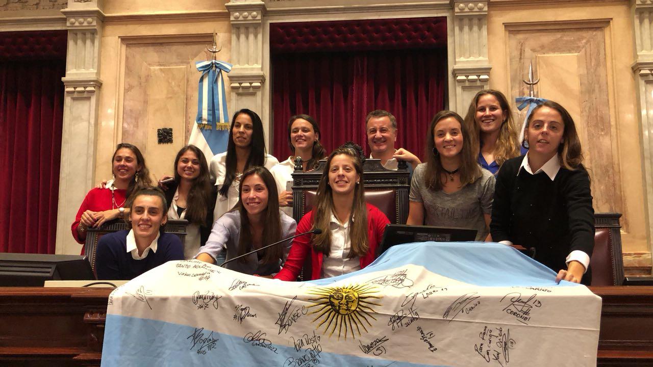 Catalán Magni junto a la Selección de fútbol femenino