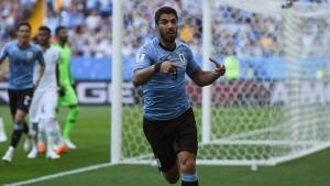 futbol-mundial-luis-suarez-puso-adelante-uruguay-1-0-sobre-arabia-saudita-n326923-620x349-479259