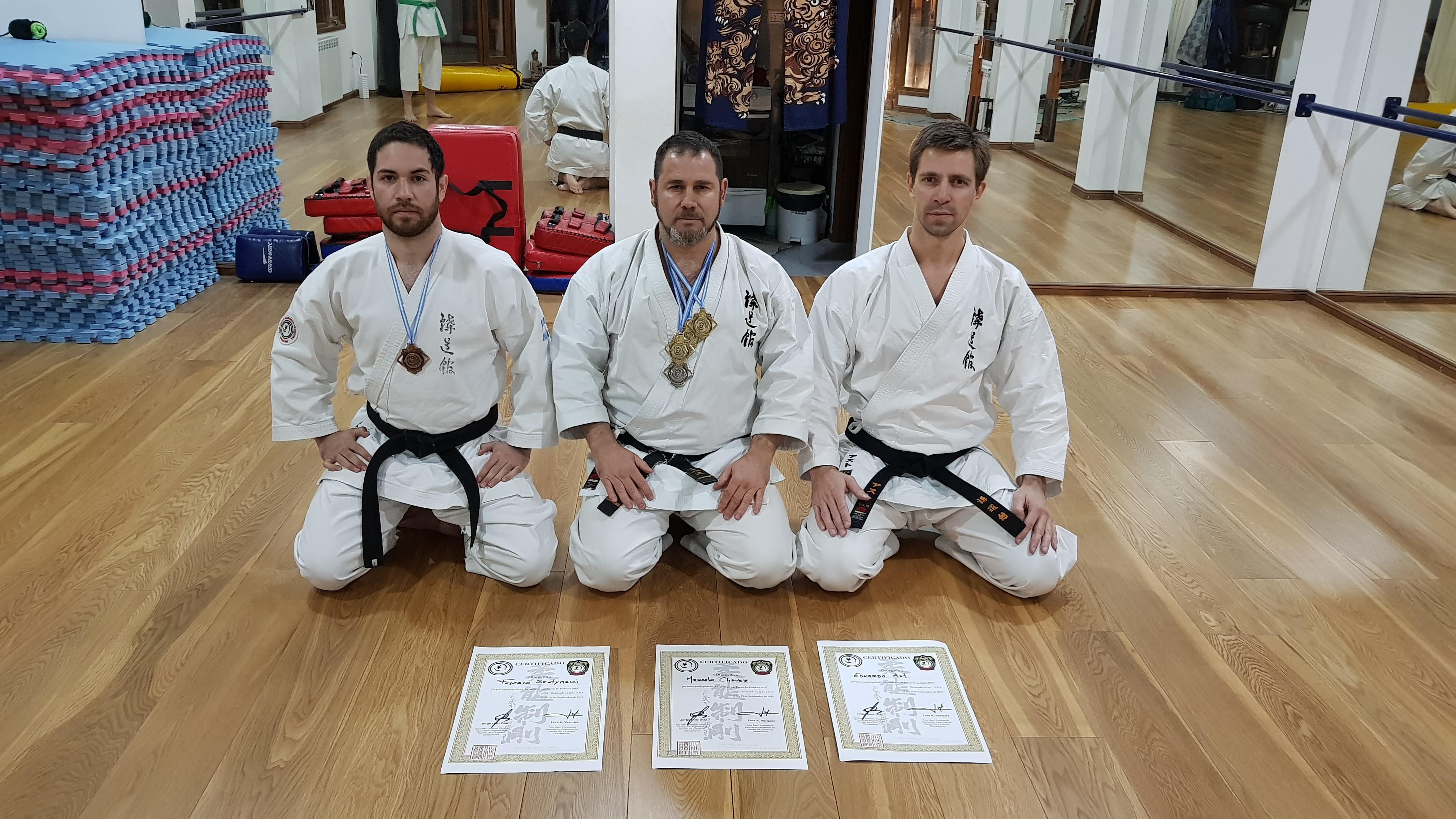 Tres instructores locales se capacitaron en Buenos Aires
