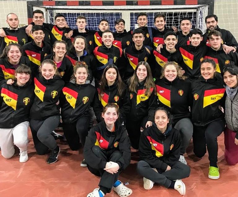 «Uni» a la zona campeonato, Galicia en permanencia