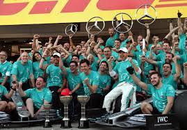 Mercedes camp