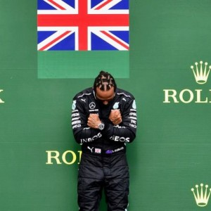 Hamilton podio~2