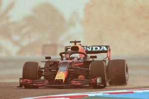 f1-test-bahrein-verstappen-2021
