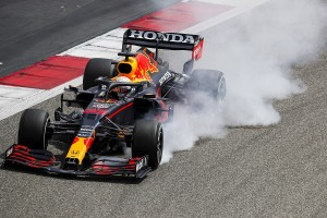formula-1-bahrain-march-testin-3